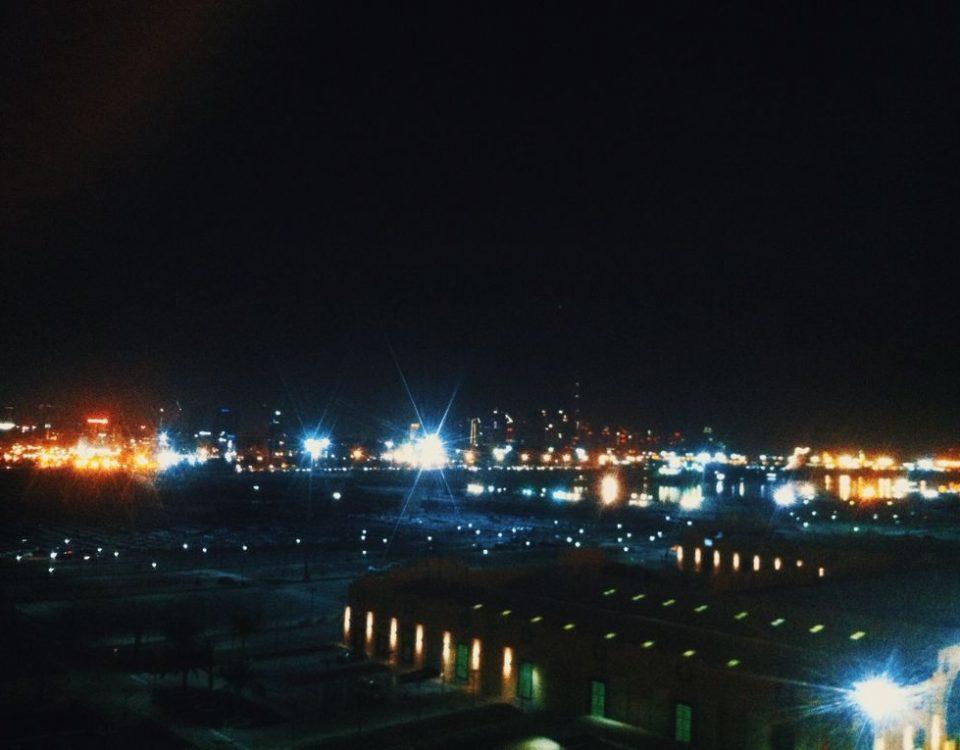 Dubai bei Nacht